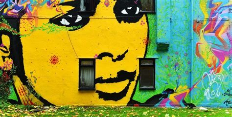 19 Jaw Dropping Examples of Garden Street Art   Blog
