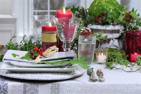Tischdeko Rote Kerzen Efeu Herbst Romantisch