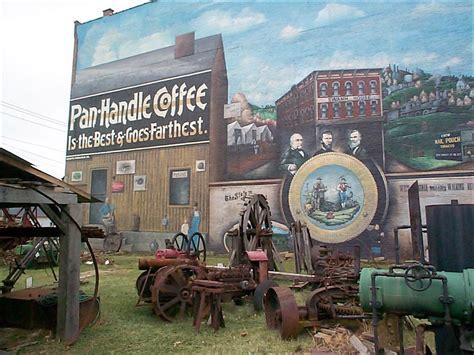 PARKERSBURG, WEST VIRGINIA: PARKERSBURG OIL AND GAS MUSEUM