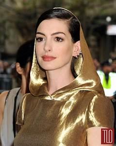 Met Gala 2015: Anne Hathaway in Ralph Lauren | Tom + Lorenzo