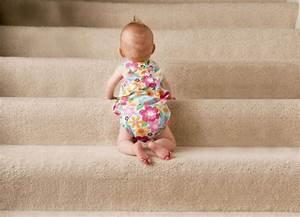 Wann Lernen Babys Sitzen : drehen sitzen stehen dem baby helfen baby und familie ~ Watch28wear.com Haus und Dekorationen
