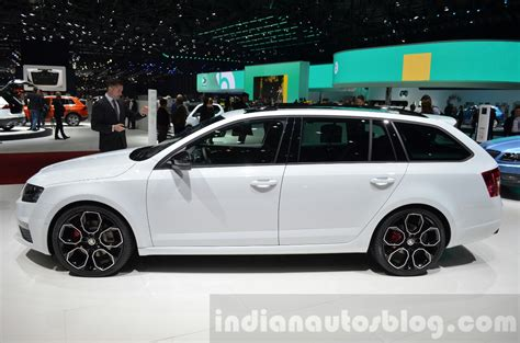 Skoda Octavia Rs 4x4 Side At The 2018 Geneva Motor Show