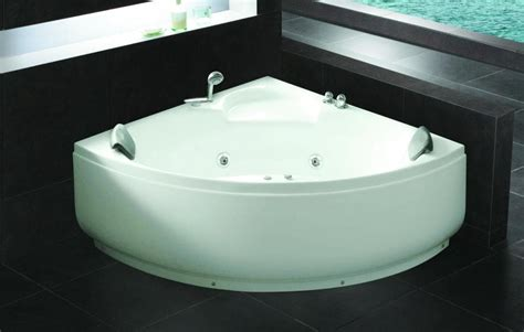 baignoire d angle baignoire d angle salle de bain brescia baignoire d