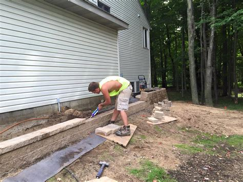 paver patio and retaining wall clearbrook landscaping