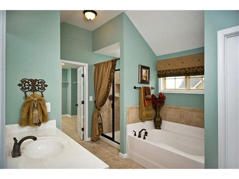Bathroom Valance Ideas by The Wall Color In This Bathroom And The Valance Idea