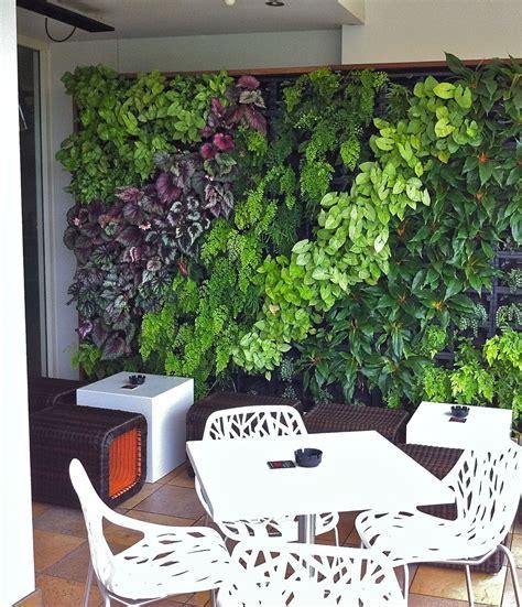 Vertical Herb Garden Design by Green Wall Garden Green Roof Garden Vertical Garden