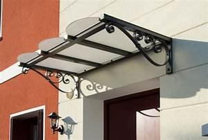 Pensiline e tettoie su misura antipioggia e ombreggianti