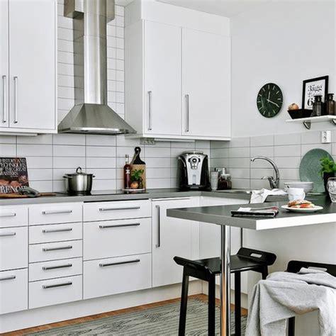 poignée de meuble cuisine relooker une cuisine 8 astuces ooreka