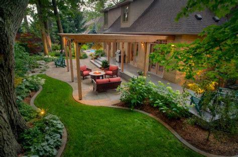 landscape outdoor area design ideas  traditional