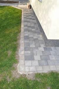 Steine Ums Haus : pflasterarbeiten beim hausbau mit tegula plan von berding beton hausbau blog ~ Buech-reservation.com Haus und Dekorationen