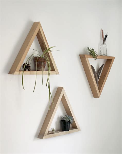 etagere chambre fille diy wooden triangle shelves the merrythought