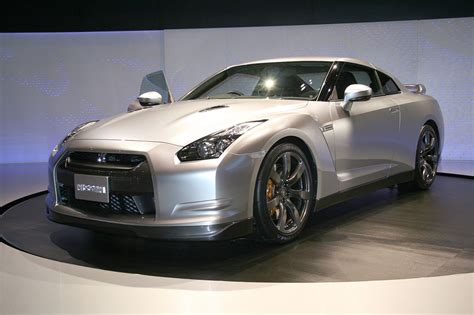 Nissan G Tr by Nissan Gt R