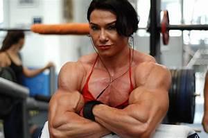 Top 10 Female Bodybuilders With Biggest Biceps