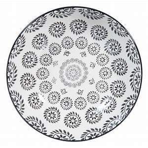 Assiette Creuse Blanche : assiette creuse en fa ence noire blanche d 20 cm chiang ~ Teatrodelosmanantiales.com Idées de Décoration