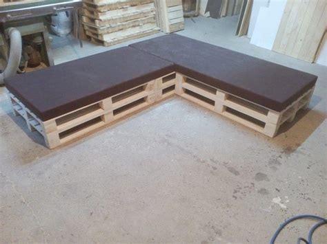 canapé d angle petit format 52 idées pour fabriquer votre meuble de jardin en palette