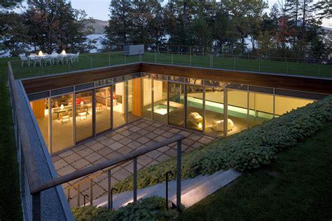 design inspiration  modern courtyard house studio mm architect
