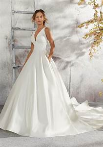 Laurie Wedding Dress | Style 5684 | Morilee