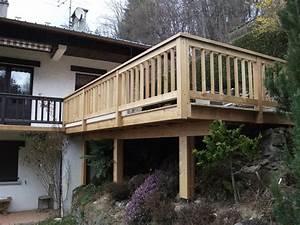 terrasse en meleze sur terrain en pente eric ginollin With terrasse terrain en pente