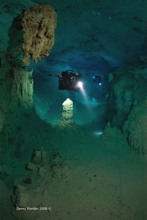 mexico cave diving gue