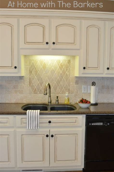 kitchens with oak cabinets pictures 207 best images about diy distressed painted cabinets on 8797