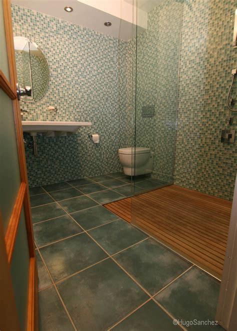 duckboard shower ceramiques hugo sanchez