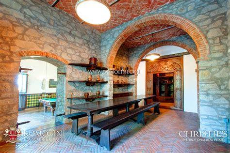 con vista arezzo villa padronale con vista sul centro storico in vendita