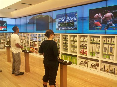 4 Unique Retail Signage Examples To Increase Sales