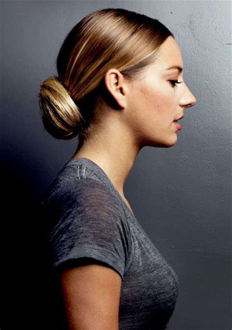 Go back to the right side of your head and undo the loose, temporary bun you created earlier. Easy, Cute and Messy Bun Hairstyles for Long Hair ...