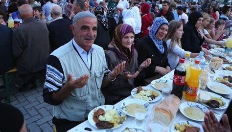 reasons  fasting brings happiness  islam