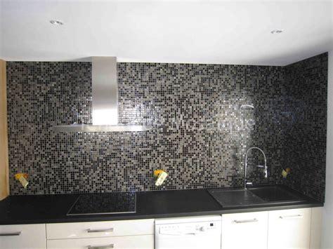 carrelage mural mosaique cuisine crédence cuisine en pâte de verre dolce mosaic référence