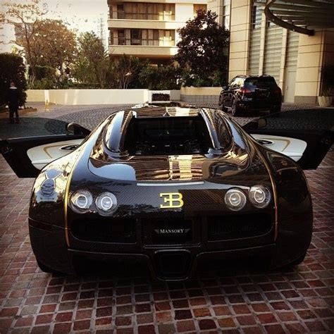 gold and black bugatti black and gold bugatti bling bling luxury car