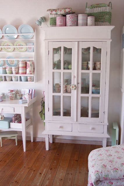 cabinets for kitchen storage 25 best shabby chic bookcase ideas on 5077
