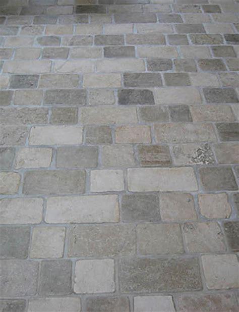 limestone tumbled cobblestone pavers traditional wall