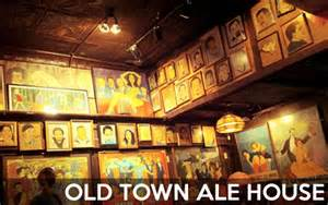 town ale house where to drink after an improv show chicago