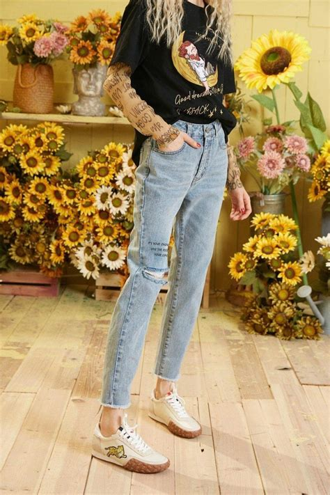 Indie Aesthetic Style Ripped Pants Cosmique Studio