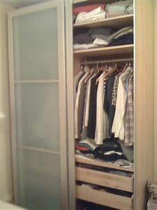 Armoire A Vetement : photo armoire vetements ~ Teatrodelosmanantiales.com Idées de Décoration