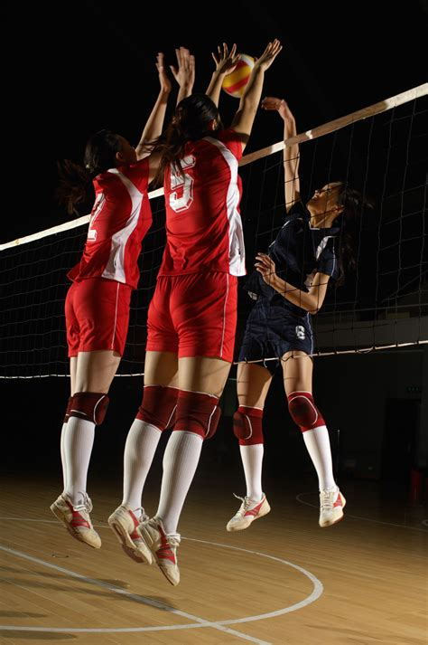 volleyball tips harnessing momentum  volleyball