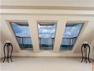 Rehausse Velux Toit Faible Pente : le balcon de toit pour faire entrer la lumi re dans les combles batirenover ~ Nature-et-papiers.com Idées de Décoration