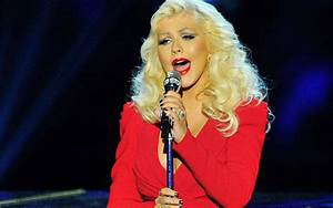 Is Christina Aguilera Staging a Comeback? Singer ...