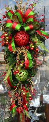 how to decorate a teardrop wreath gnewsinfo com