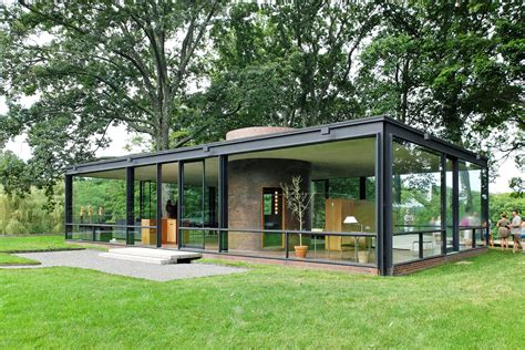 Glass House Johnson by Getting Inside Philip Johnson S At The Glass House