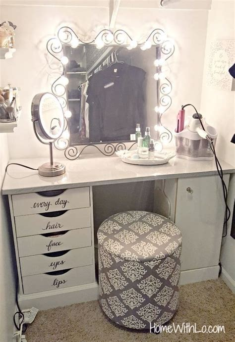 Corner Bedroom Vanity by A Step By Step Process On How I Built A Corner Makeup