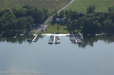 Boat Slip For Sale New York by Cross Lake Inn Marina In Cato New York United States