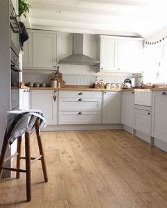 Modern, Country, Cottage, Howdens, Kitchen, Allendale, Dove, Grey, From, Howdens, With, Their, Rustic, Oak