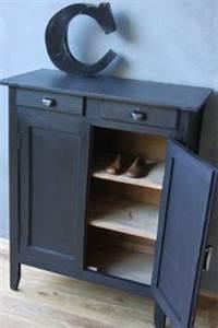 Petit Meuble A Chaussure : 1000 images about meubles chaussures on pinterest shoe storage armoires and vintage ~ Teatrodelosmanantiales.com Idées de Décoration