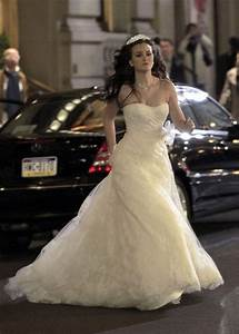 leighton meester as runaway bride on set zimbio With runaway bride wedding dress
