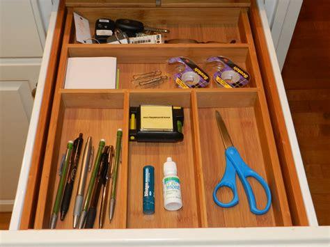 organize junk drawer kitchen organizing the kitchen junk drawer 3777