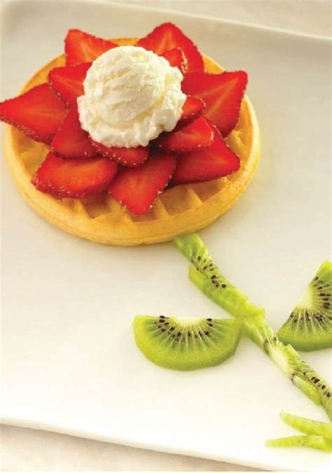 easy food eggo waffle blooming flower let your little artists shi pinterest