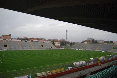 Stadio Porta Elisa Fari Dello Stadio Via Libera Nell Incontro Comune