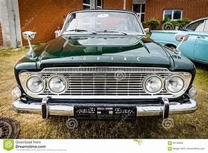 Full-size Car Ford Zodiac Mark III Saloon 213E, 1962 ...
